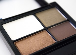 Revlon ColorStay 16 Hour Eye Shadow Palette (Adventurous)