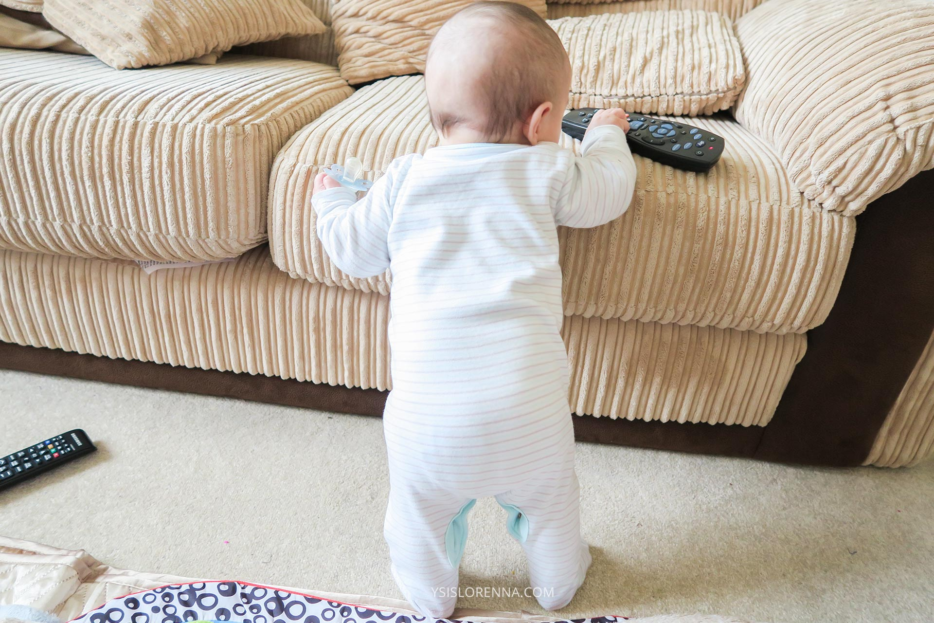 How To Help Baby Crawl Tips To Get Baby Moving
