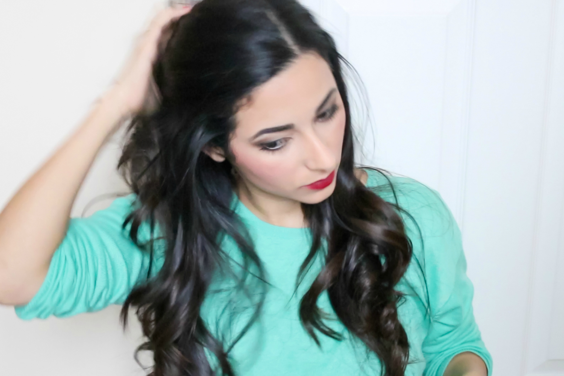Get Ready For a Christmas Party - Makeup, Hair & Outfit | Ysis Lorenna
