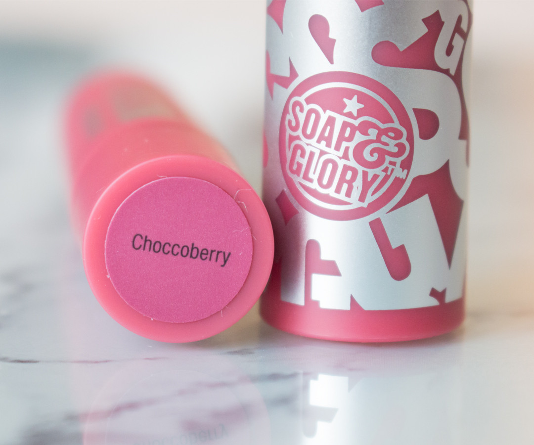 Soap and Glory Sexy Mother Pucker Matte Lip (Review & Swatches) - www.ysislorenna.com