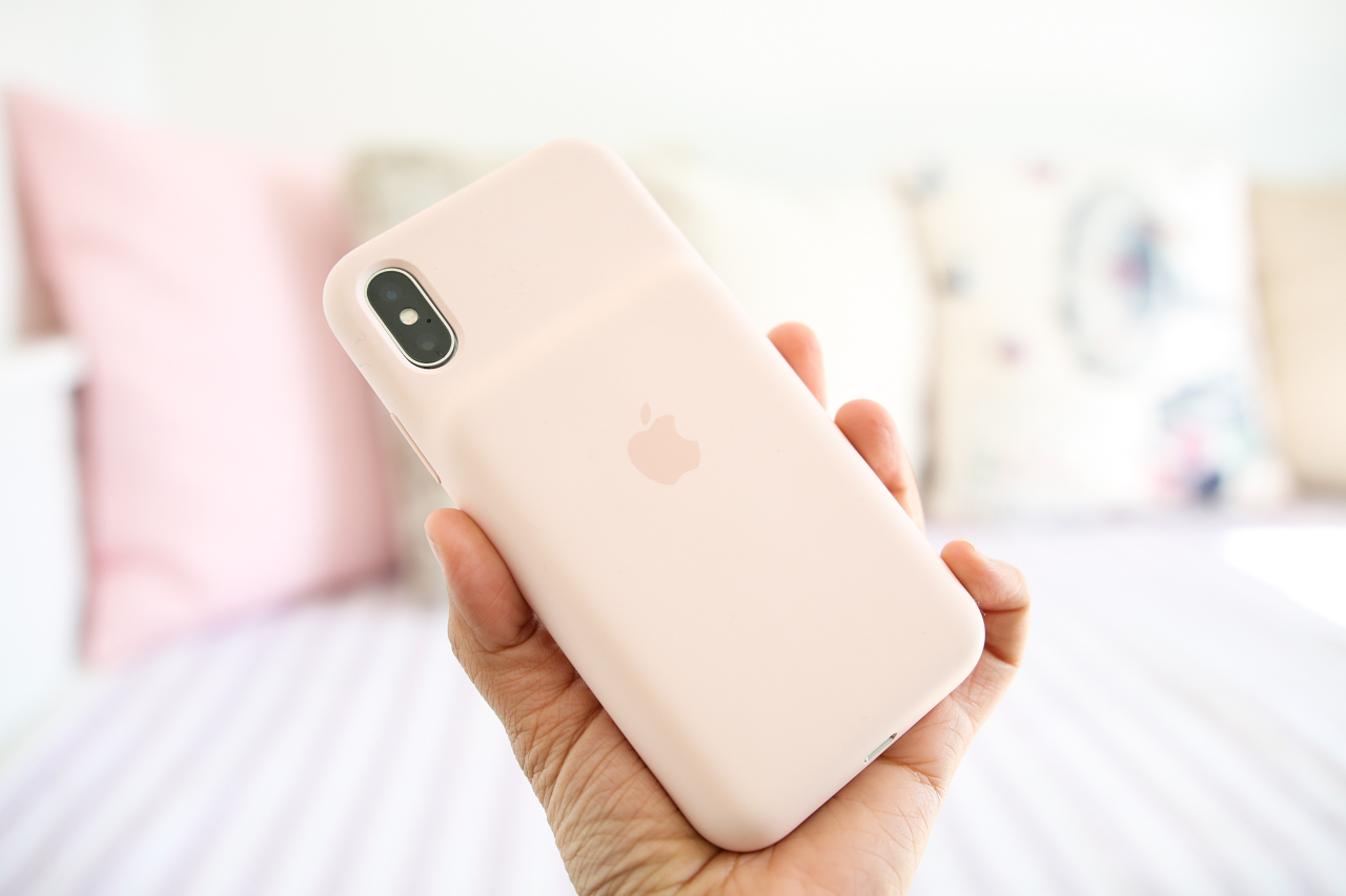 Apple iPhone X Smart Battery Case